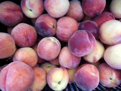 peaches-65656_1280